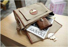 Cream Postman Bag IDR 200