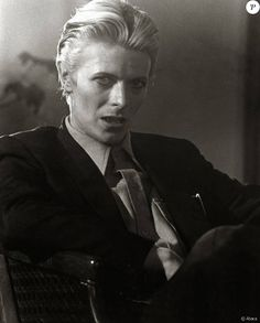 The Man who felt to hearth - David Bowie