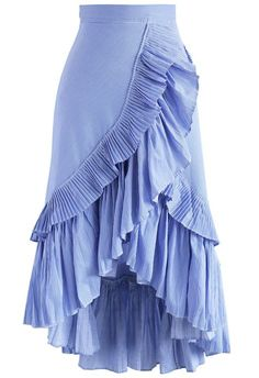 - Tiered ruffles trimmed - Asymmetric hi-lo hemline - Concealed side zip closure - Lined - 65% polyester, 35% cotton - Hand wash cold Size(cm) Length Waist XS 54-91 66 S 54-91 70 M 55-92 74 Size(inch)Length Waist XS