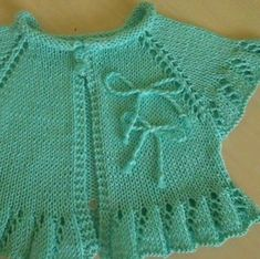 "༺ GizemliM ༻ ""Yes, I know, this is knitting but it is also great inspiration for a copy-cat crochet version."", ""Discover thousands of images about pikse Diy Crafts Knitting, Knitting For Kids, Baby Knitting Patterns, Crochet Patterns, Baby Vest, Baby Cardigan, Knit Or Crochet, Crochet For Kids, Baby Sweaters"