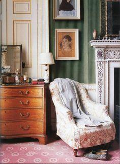 The World of Interiors, October 2001. Private Chatsworth, the Duke's bedroom. Photo - Simon Upton More