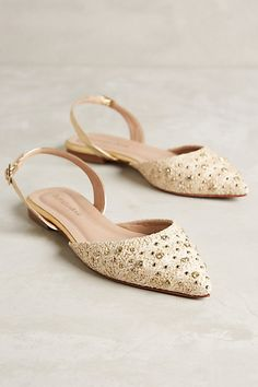 Raphaella Booz Jeweled Prinnia Slingbacks -- in blue. perfect shoes to wear with loads of outfits. Pretty Shoes, Beautiful Shoes, Cute Shoes, Me Too Shoes, Wedding Flats, Women Oxford Shoes, Mocassins, Crazy Shoes, Mode Style