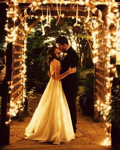 I love the lighting. This would be a fairly cheap and simple wedding DIY
