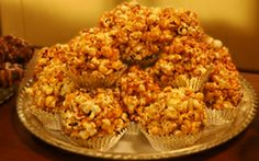 The Best Caramel Popcorn Cluster  12 aluminum foil baking cups and spray them,  ½ pkg. (4.5 oz.) Werther's Original Baking Caramels, unwrapped,  ¼ cup sugar,  2 tbsp. milk,  4 cups popped popcorn,  ¼ cup cashews, ¼ cup sliced almonds. Oven 250. Melt caramels, sugar, milk in pan heat until boils, cook sugar and caramels. Combine popcorn and nuts in bowl. Drizzle caramel over popcorn to coat. Divide caramel popcorn in prepared cups. Bake 20 minutes. Cool before removing from cups.