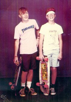old school skateboarding I've prob pinned this be for but I love it Old School Skateboards, Vintage Skateboards, Skateboard Fashion, Skateboard Girl, Skate Fashion, Thrasher Skate, Skate Photos, Skate And Destroy, Skate Style