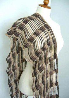 Ravelry: ketjusilmukkahuivi(scarf) pattern by Raijis Crochet Shawls And Wraps, Crochet Scarves, Crochet Yarn, Crochet Clothes, Easy Crochet, Crochet Shirt, Crochet Gifts, Lace Scarf, Crochet Fashion