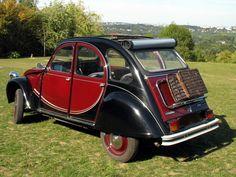 Vintage Cars, Antique Cars, 2cv Dolly, 2cv6, Classic Car Restoration, Amazing Cars, Old Cars, Bugatti, Ducks