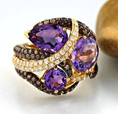 Catawiki online auction house: Yellow gold cluster ring with amethyst and brilliant cut diamonds - 8.95 ct in total