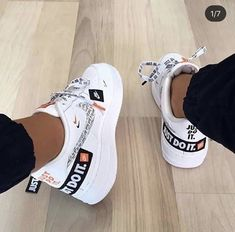 The post appeared first on Fila Schuhe. Souliers Nike, Sneakers Fashion, Fashion Shoes, Nike Fashion, Nike Shoes Air Force, Nike Tennis Shoes, Aesthetic Shoes, Cute Sneakers, Adidas Sneakers