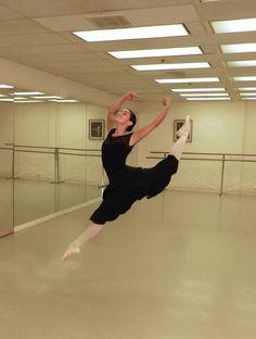 Academy of Ballet & Dance Arts Studio. Nice capture. Catch a glimpse of Alvas' barres in the background! #alvasbfm #academyofballetandartsstudio #balletbarre #danceclass