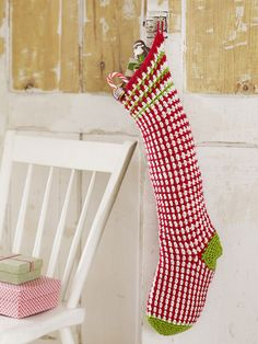 Crochet Christmas Stocking Pattern - From MOTHER EARTH NEWS magazine.