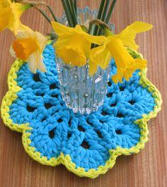 Lazy Daisy Jones boodles yarn http://lazydaisyjones.blogspot.co.uk/