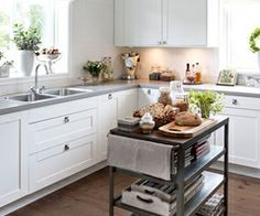 Gorgeous kitchen with hand scarped wood floors, floor to ceiling white kitchen cabinets, gray, quartz countertops, white linen roman shade and metal kitchen island. Kitchen Inspirations, Kitchen Dining, Home Decor Kitchen, New Kitchen, Metal Kitchen Island, Small Kitchen, Home Kitchens, Kitchen Design, Kitchen Dining Room