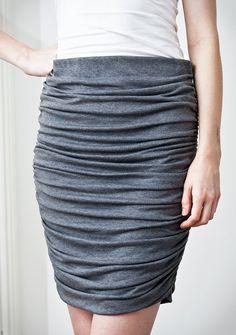 Patrón cubrió la falda de las mujeres
