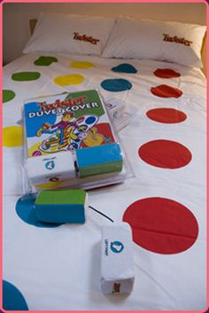 Hasbro Twister Bed Sheets | Wholesale The Twister Duvet Cover | Self Trading - Wholesale Clearance ...