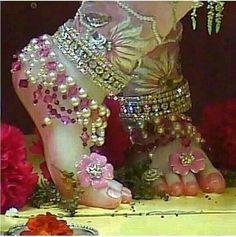 Radha Krishna Wallpaper, Lord Krishna Images, Radha Krishna Pictures, Radha Krishna Photo, Krishna Photos, Krishna Leela, Jai Shree Krishna, Radhe Krishna, Little Krishna