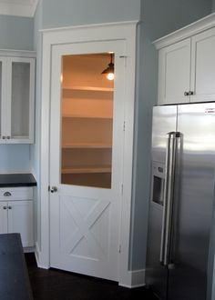 Love this idea for an old fashioned screen door for pantry dry foods.