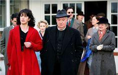 'The Blue Geranium' with Caroline Catz, David Calder, and Julia McKenzie, Agatha Christie's Marple, Blue Geranium, Miss Marple, English Actresses, Best Tv Shows, Best Actress, Singer, Cold War, Acorn