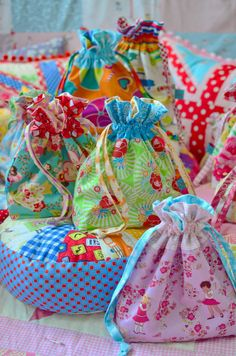 Small drawstring bag tutorial. Cute for the girls to store their toys in like squinkies etc