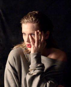 Taylor Swift reputation shoot