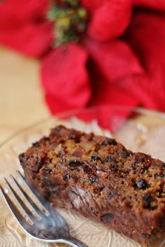 I call this my classic Jamaican Christmas Cake because all the fruit is visible and it's extremely moist much like a traditional English Christmas . Jamaican Fruit Cake, Jamaican Desserts, Rum Fruit Cake, Jamaican Cuisine, Jamaican Dishes, Rum Cake, Jamaican Recipes, Carribean Food, Caribbean Recipes
