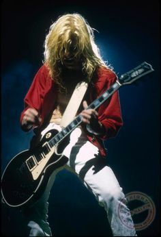 Steve Clark playing his solo
