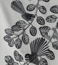 I honestly have an appreciation for the colors, lines, and fine detail. This is certainly a brilliant artwork if you would like a Tea Tattoo, Maori Symbols, Bee On Flower, Nz Art, Maori Art, Kiwiana, Stencil Art, Art Festival, Bird Art