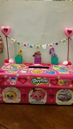 shopkins valentine box my daughter was so excited - Cupcake Valentine Box