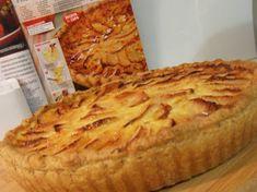 Food Cakes, Cheesecakes, Sweet Recipes, Cake Recipes, Sweet Cooking, Portuguese Recipes, Portuguese Food, Sweet Pie, Apple Desserts