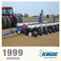 1999 KINZE PLANTER