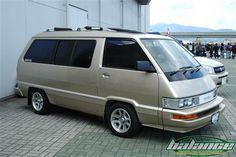 Toyota Van, Van Home, Cool Vans, Japan Cars, Vw Bus, Jdm, Japanese, Model, Ideas
