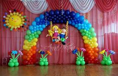 football arch balloons - Google Search