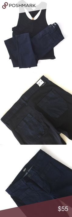 """Hudson TwoTone Quinn High Waist Super Skinny jeans Hudson Two Tone Quinn High Waisted Super Skinny jeans  with two square front pockets. light3weight material-  fit is super fitted!Style # WH4077D15, Color STOR Cut 13042 Shade E, RN#107906- Front is a Dark blue and back (excluding trim is a blue/black. 28 Waist Approx. Measurements: Waist 14.5"""""""" Inseam 29"""""""" - both taken with item laying flat.   Materials : 92.5% Cotton, 5% Polyester, 2.5% Lycra- Machine Wash.   So cute- no holes or stains…"""