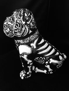 Day of the Dead Sugar Skull English Bull Dog Statue Dia DelosMuertos Art Bully 5 4 • $100.00