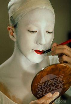 Japan, Traditional Theatre, Kabuki Actor Applying Make Up ...