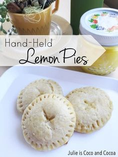Hand-held Lemon Pies Recipe! Perfect for a spring picnic. #food #snack #dessert