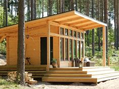 Pretty tiny timber frame – in Sweden! From Swedish Timberframes Pretty tiny timber frame – in Sweden! Tiny Cabins, Tiny House Cabin, Cabins And Cottages, Tiny House Living, Small House Plans, Dock House, Cabin Design, Tiny House Design, Timber Frame Cabin
