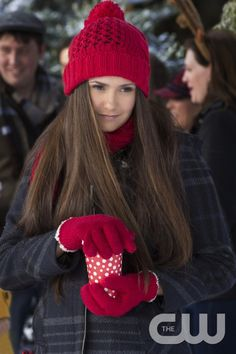 "The Vampire Diaries -- ""Christmas Through Your Eyes"" -- Image Number: VD610a_0301.jpg -- Pictured: Nina Dobrev as Elena -- Photo: Bob Mahoney/The CW -- © 2014 The CW Network, LLC. All rights reserved."