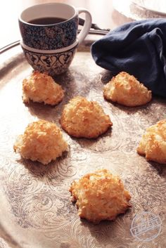 These Small Batch Coconut Macaroons are ideal for anyone cooking for one. Soft and chewy centers, crispy outsides and so easy to make. Just one egg white and a few other ingredients needed to make these sweet coconut-filled treats. | zagleft.com