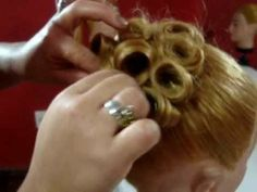 Penteado de coque P/ Noiva- feito pela  aluna Dinha