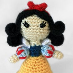 Snow White Princess amigurumi crochet pattern by Sahrit