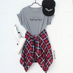 Loveeeee Shop link in bio. (SKU: - Teen Shirts - Ideas of Teen Shirts - Max style points. Loveeeee Shop link in bio. Teen Fashion Outfits, Cute Fashion, Outfits For Teens, 90s Fashion, Stylish Outfits, Korean Fashion, Cute Summer Outfits, Fall Outfits, Cute Outfits