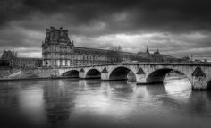 The Louvre  City and architecture photo by RamelliSerge http://rarme.com/?F9gZi