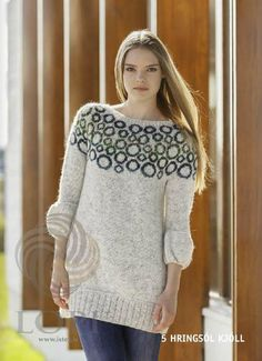 The garment is worked in the round using double stranded Einband, always using two colours, both in the main colour and in the pattern. The sleeves and body are joined to work the yoke in the round from the underam. Fair Isle Knitting, Hand Knitting, Knitting Ideas, Ravelry, Big Knit Blanket, Big Knits, Wool Dress, Wool Sweaters, Knitwear
