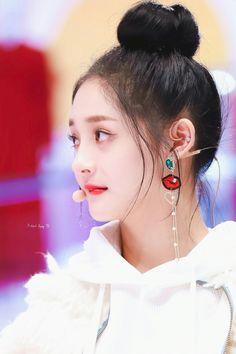 Korean Beauty, Asian Beauty, Ioi Pinky, Pledis Girlz, She Was Beautiful, Pretty People, Kpop Girls, Girl Group, Cool Girl
