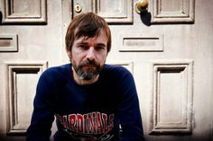 The Bluetones front man Mark Morriss reveals video for new single 'This Is The Lie (And That's The Truth)
