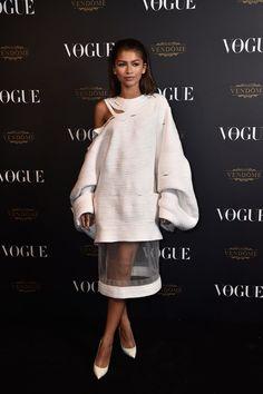 Pin for Later: Gigi et Kendall Mènent la Danse à la Soirée D'anniversaire de Vogue Zendaya