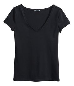 Fitted top in soft stretch jersey with a V-neck and short sleeves.