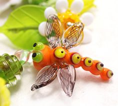http://www.jopanda.de/cms/images/stories/shop/Bilder/dragonfly-orange4.jpg