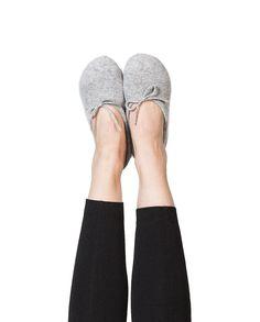Kaschmir Hausschuhe grau Slippers, Shoes, Fashion, Inside Shoes, Cashmere, Gray, Women's, Moda, Zapatos